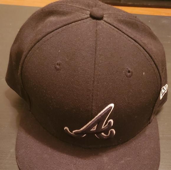 New Era Other - Atlanta Braves Blackout Hat